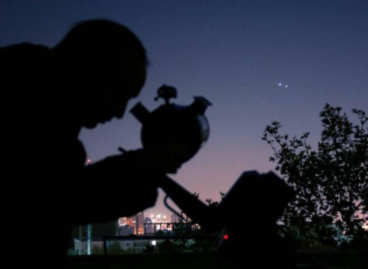 Video: Júpiter y Venus brillan y se juntan esta noche