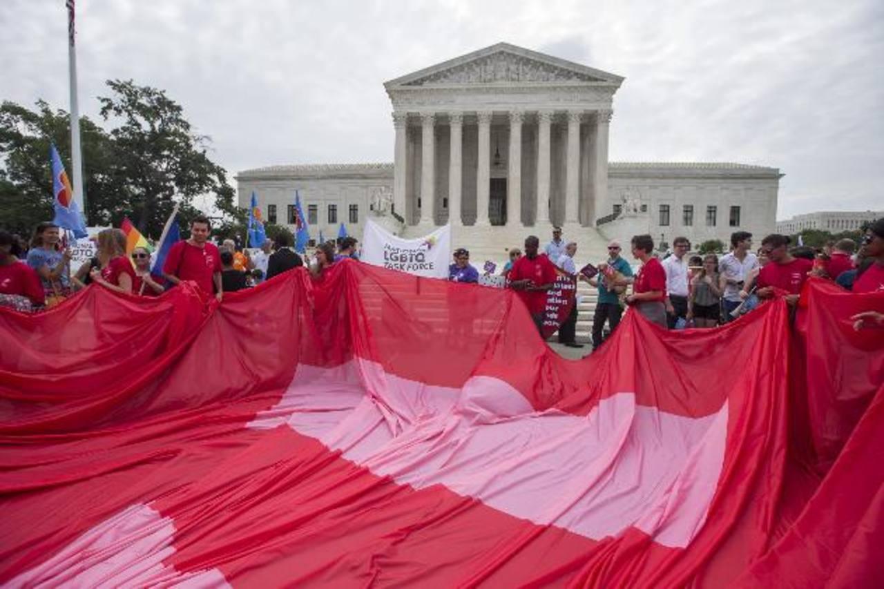 El Tribunal Supremo de EE. UU. legaliza el matrimonio homosexual en todo el país