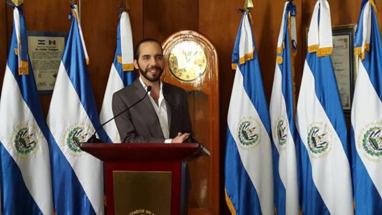 Alcalde de San Salvador en conferencia de prensa