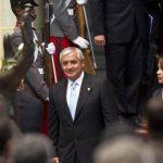 Pérez Molina analiza si irá mañana al Congreso a prestar declaración