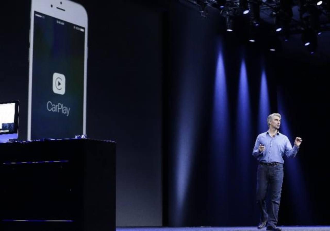 Craig Federighi, vicepresidente de Software Engineering de Apple, presenta el nuevo producto