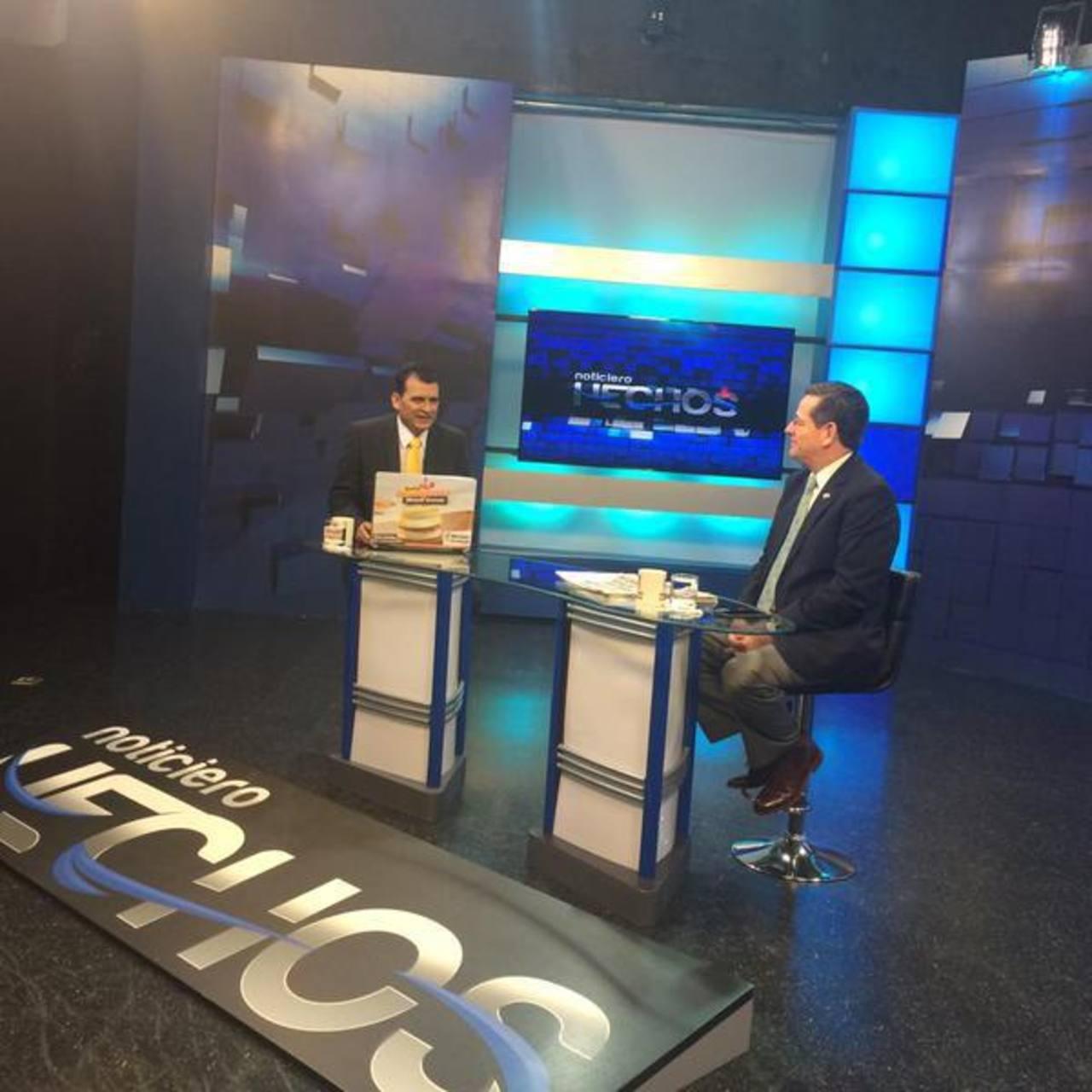 Durante la entrevista, Jorge Velado no descartó que le interese buscar la reelección para continuar al frente del Coena. Foto EDH /Cortesía