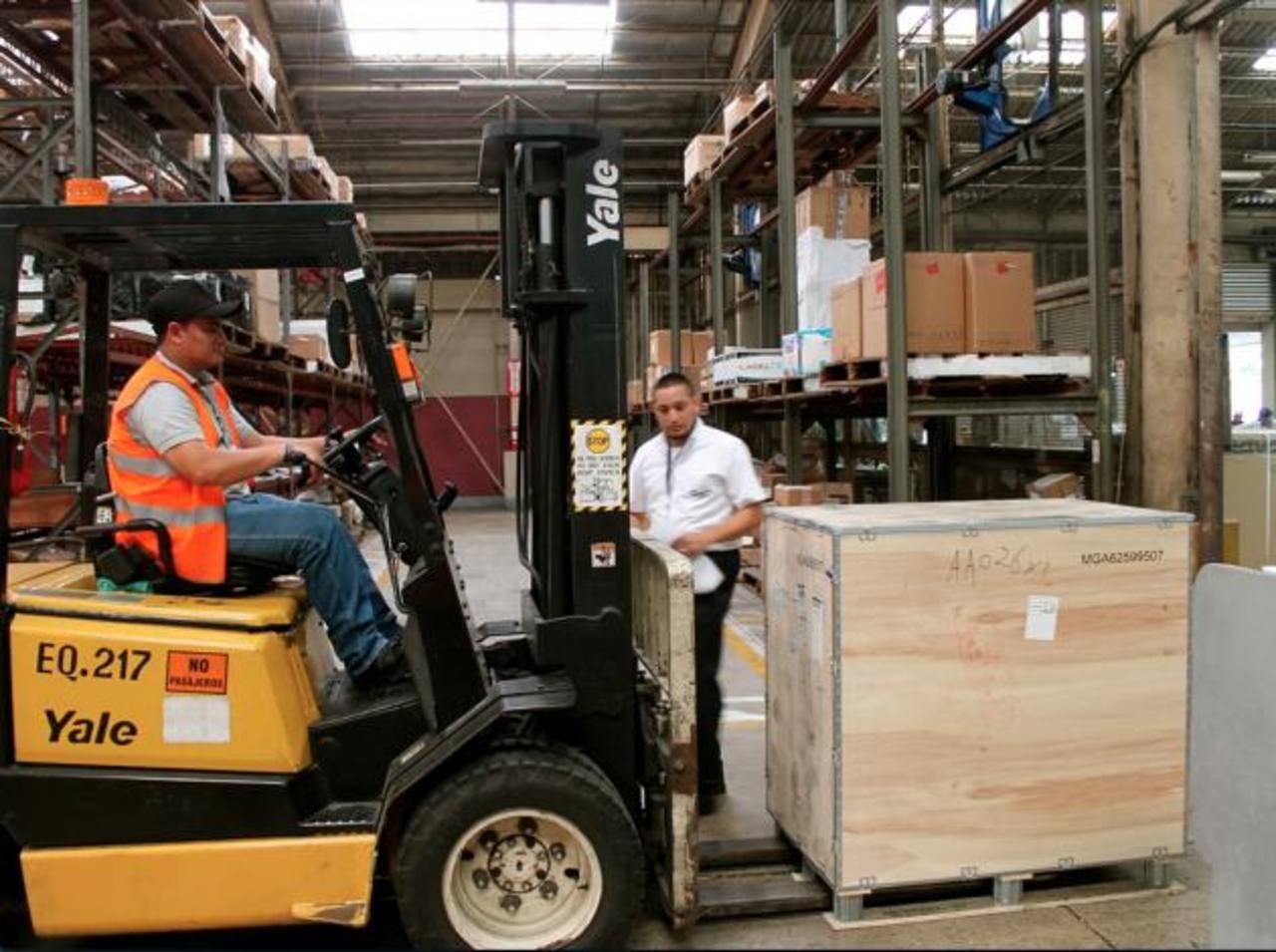 El país tiene un gran potencial para desarrollar los servicios logísticos, pero estos no se aprovechan. FOTO EDH /ARCHIVO