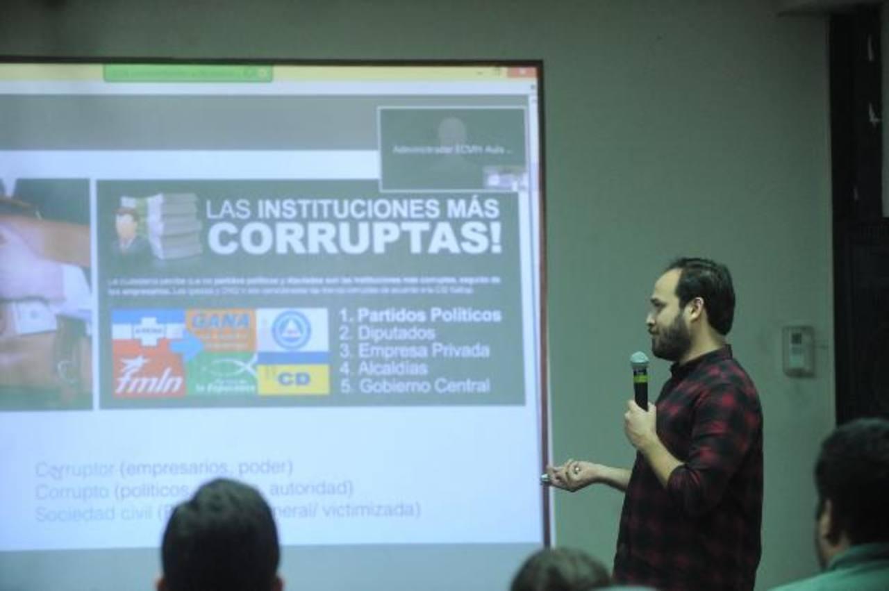 Los exalumnos presentaron al menos nueve propuestas para combatir la corrupción. Fotos EDH / Lissette Monterrosa