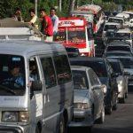 Por dos horas y media, el tráfico se intensificó en la vía y en las calles paralelas. foto EDH/ SALOMÓN VÁSQUEZ