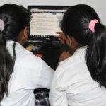 La ACPES promueve el uso de bibliotecas virtuales en los colegios para investigar, debido a la inseguridad. Foto EDH / ARCHIVO