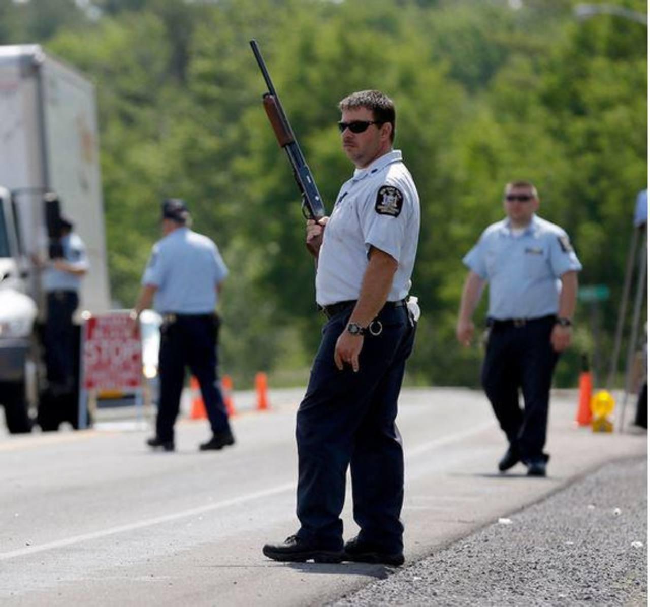 Policía mata a uno de los reos fugados en Nueva York
