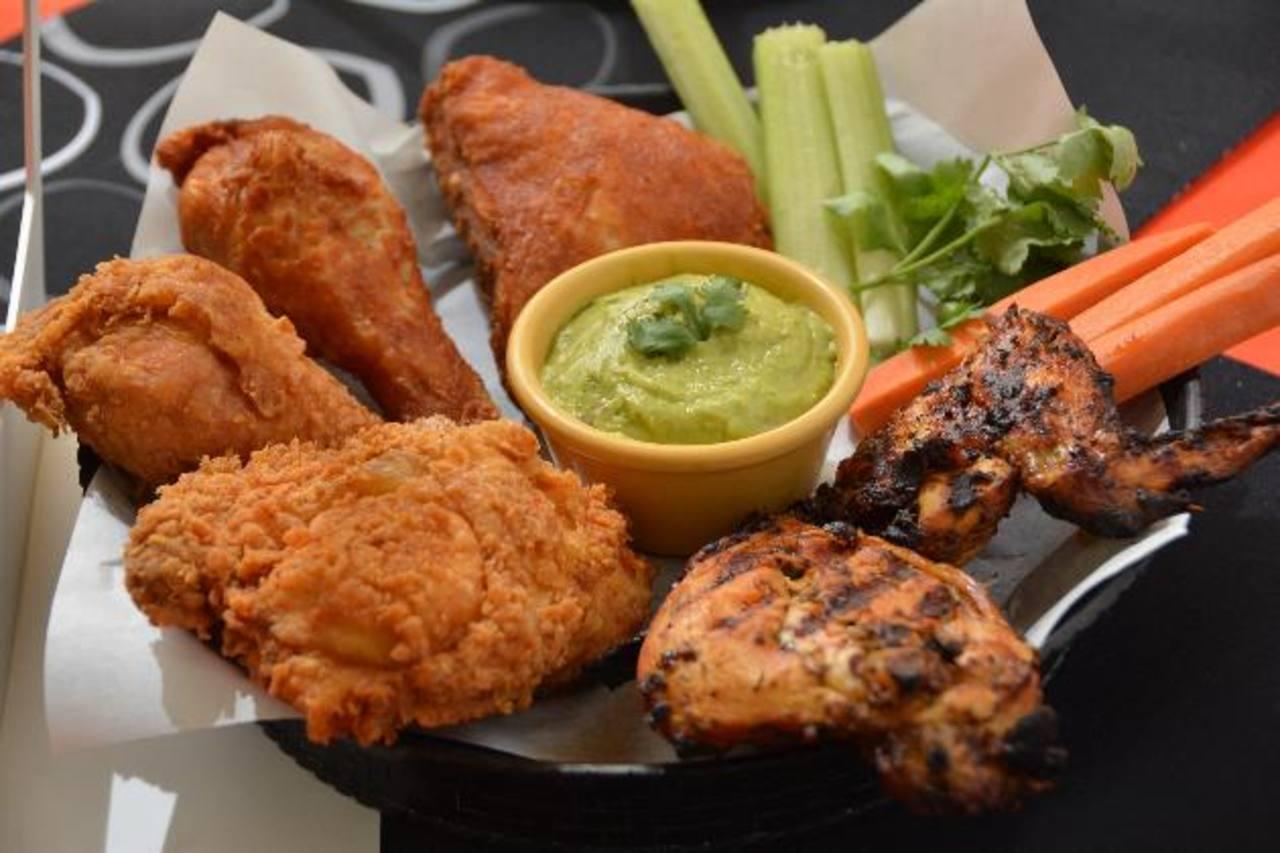 Pollo Campero ofrece su sabor inigualable para disfrutar en familia. Foto EDH/ David Rezzio