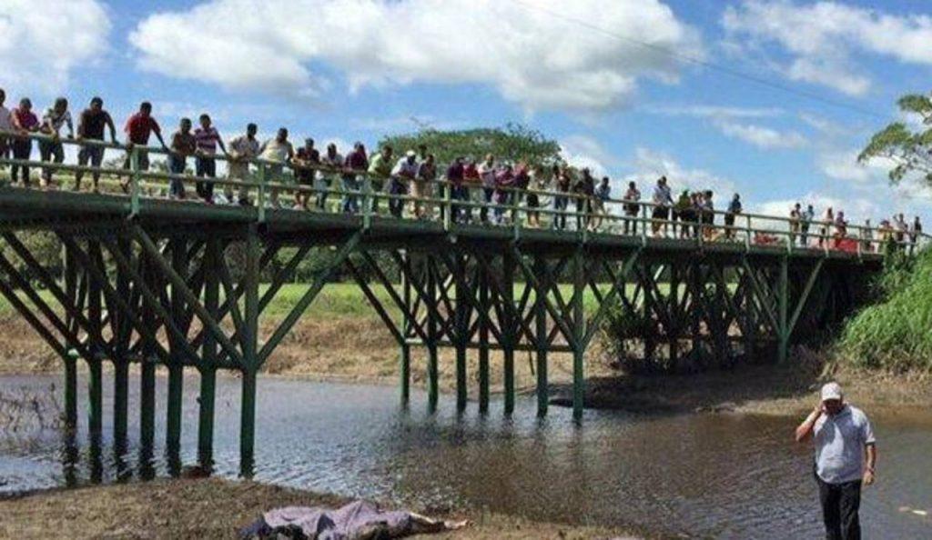 Salvadoreños entre inmigrantes muertos en México