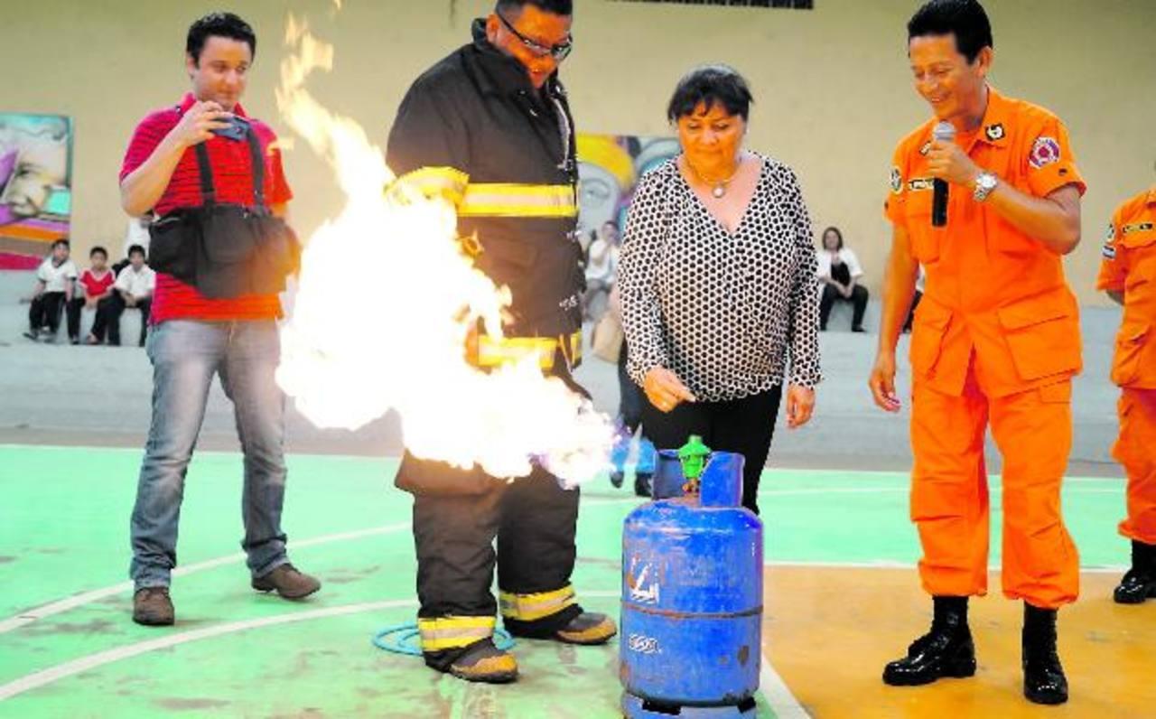 Los docentes también fueron capacitados en prevención de incendios. foto edh /CORTESÍA