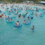 VIDEO: Socorrista salva a niño que se ahogaba en piscina
