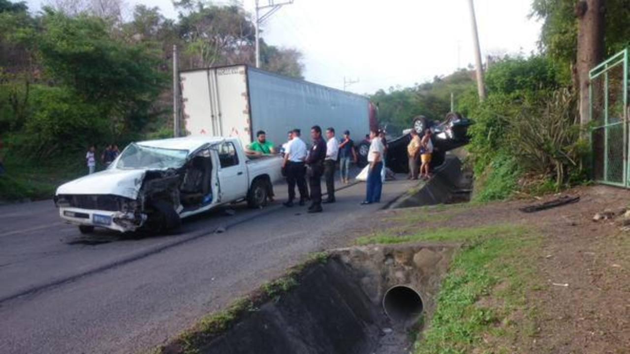Dos lesionados deja accidente vial en San Miguel