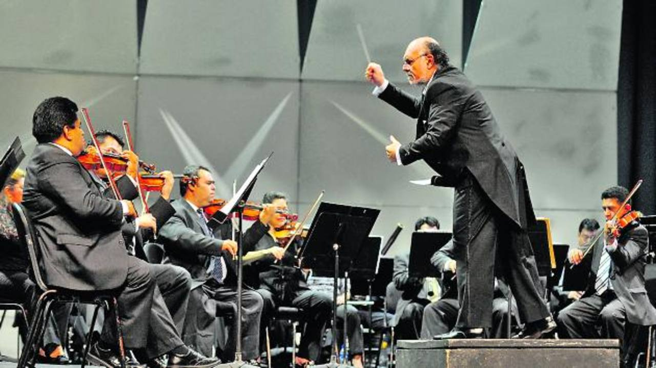 Las piezas del artista salvadoreño han sido interpretadas en países como Francia, Alemania y Argentina, entre otros.