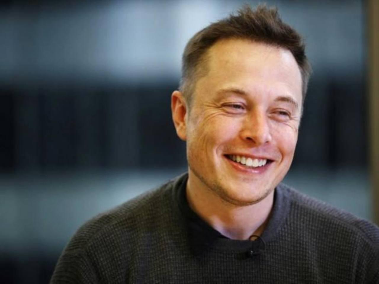 Elon Musk es uno de los emprendedores más influyentes de Silicon Valley. Muchos se preguntan si será el nuevo Steve Jobs.