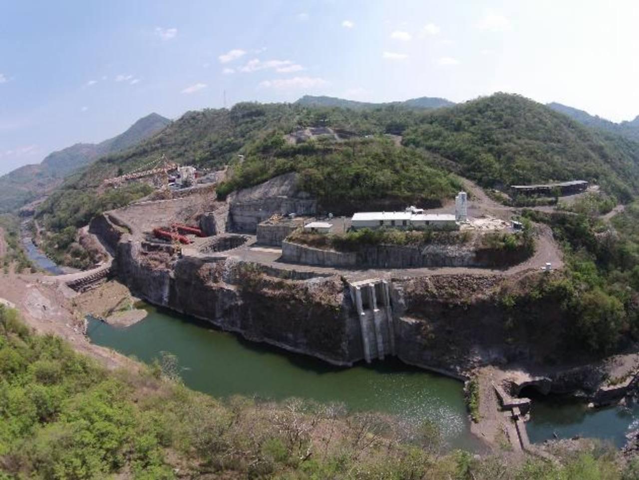 La presa hidroeléctrica El Chaparral se comenzará a construir con fondos del BCIE, pero aún no hay fecha de inicio. Foto EDH