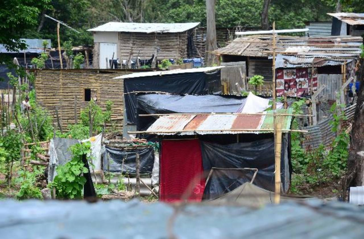 La comunidad Rutilio Grande de San Martín podría ser reubicada. Foto EDH/ Mauricio Cáceres
