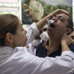 """Supuesto espíritu del """"doctor Fritz"""" opera a cientos de personas en Brasil"""