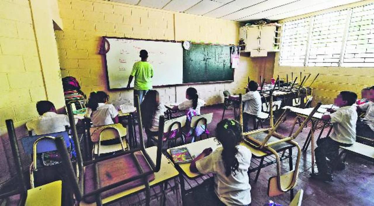 En el complejo educativo del caserío Bola de Monte es donde más alumnos desertaron porque sus familias tuvieron que migrar o decidieron ya no mandarlos a clase. Fotos EDH / Omar Carbonero