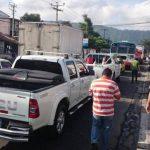 Tráfico vehicular complicada por bloqueo en Autopista a Comalapa.