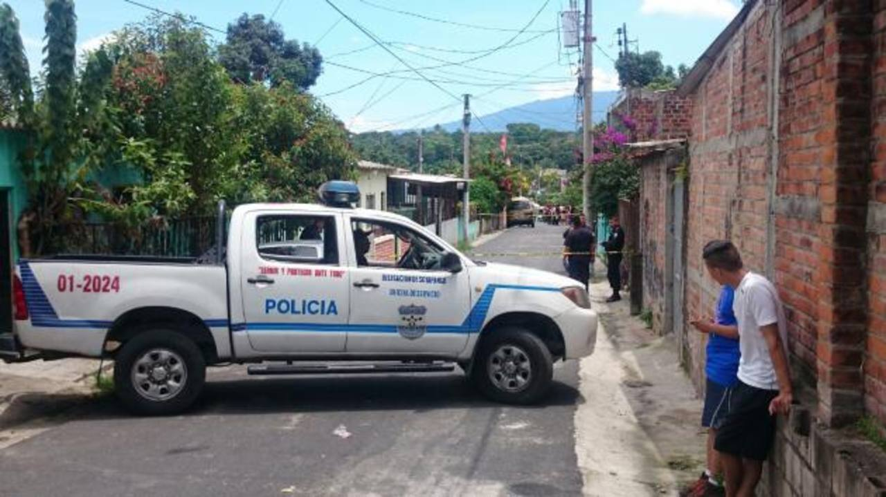 Escena de ataque a repartidores de gas propano en Soyapango. /