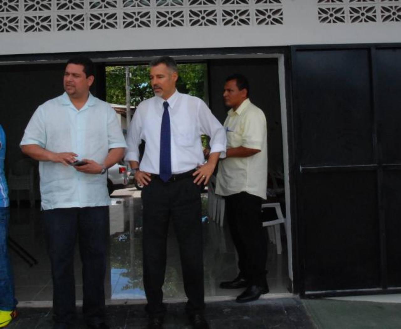 Embajador se reunió con diferentes sectores del departamento de La Unión. Foto edh / Insy Mendoza
