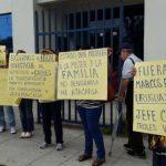 Mujeres denuncian a Secretario de Transparencia y piden su destitución