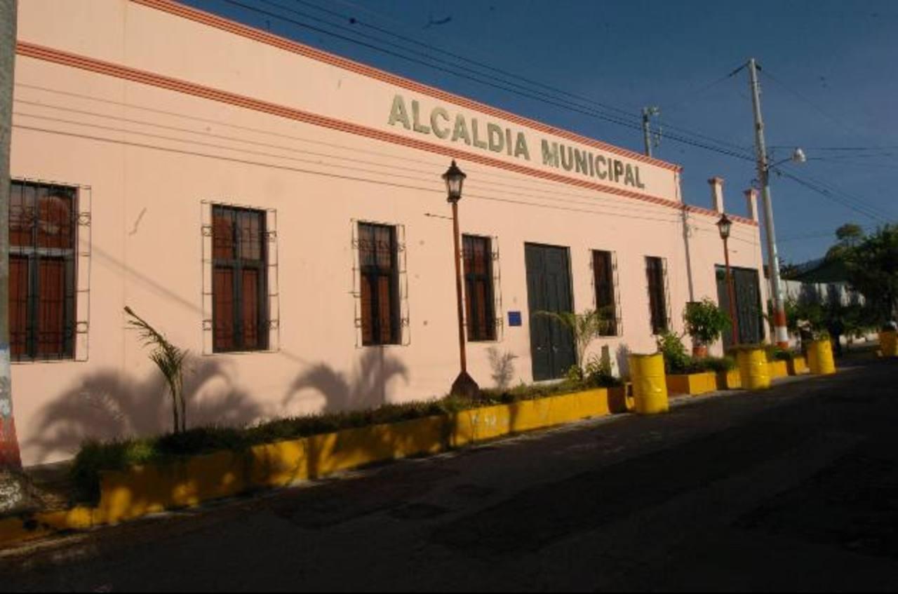 La alcaldía de Santa Tecla, en La Libertad, es una de las cinco comunas que cuenta con centros de mediación.