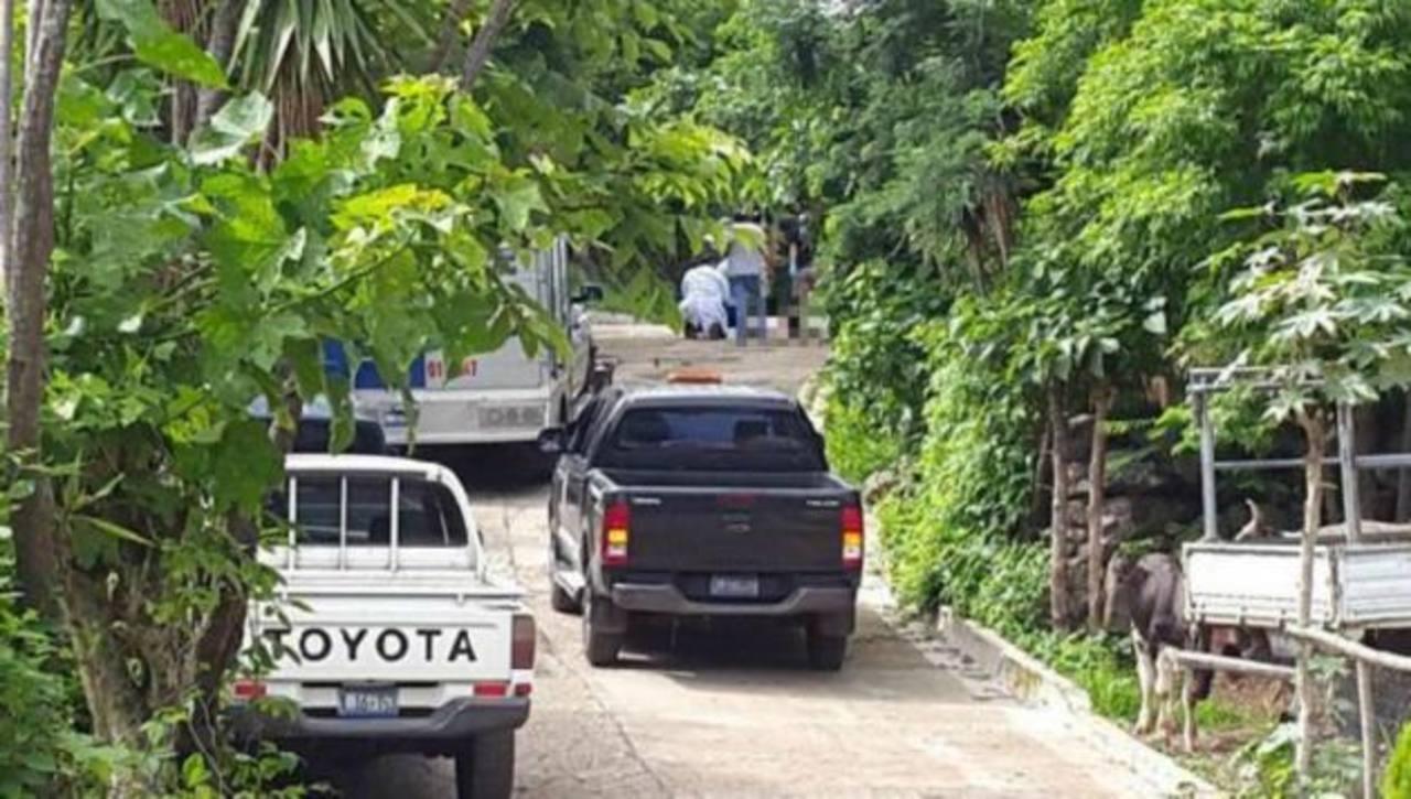 Tres miembros de una familia fueron asesinados en Panchimalco, al sur de San Salvador.
