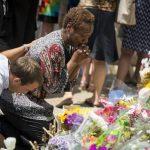 La masacre de Charleston sitúa las armas y el racismo en la campaña de EE.UU.
