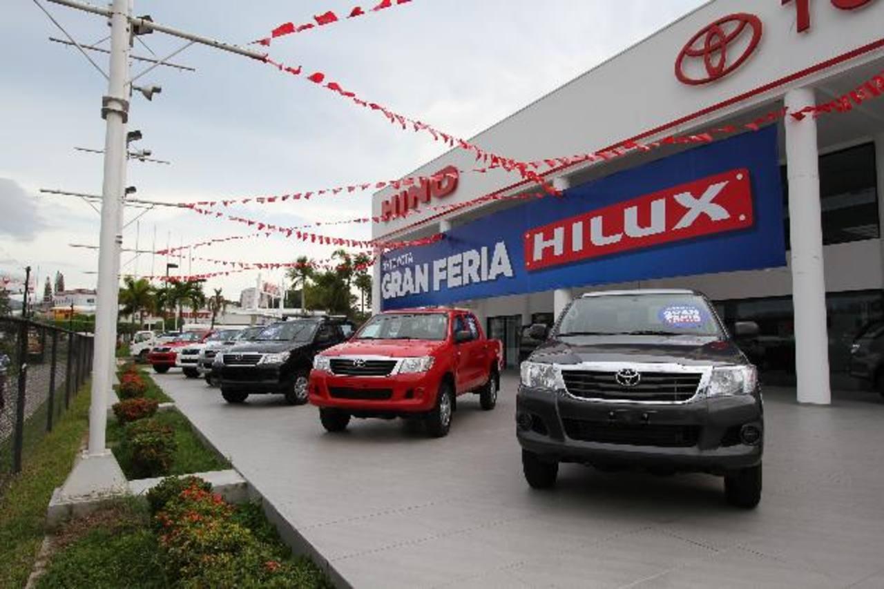 El Toyota Hilux es un vehículo grande, fuerte y elegante. Foto EDH /Xenia Zepeda