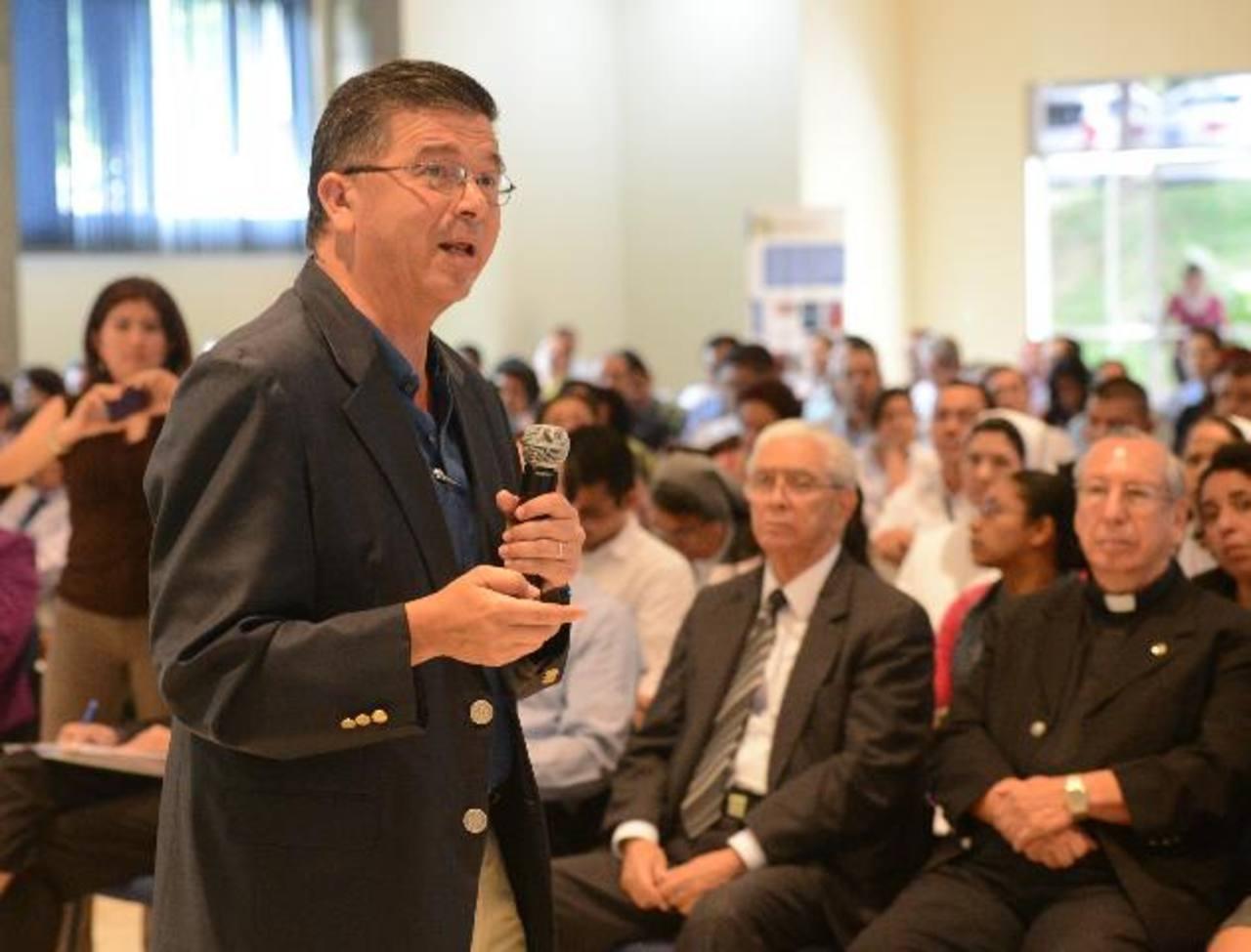 William Pleitez dijo que apoyarán APP que mejoren la competitividad del país. Foto EDH/ Archivo