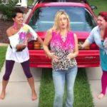 Video: Anuncia su embarazo al estilo de Britney Spears