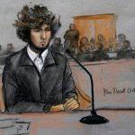 En este dibujo de la corte realizado el 18 de diciembre de 2014 muestra a Dzhokhar Tsarnaev en una corte federal de Boston.