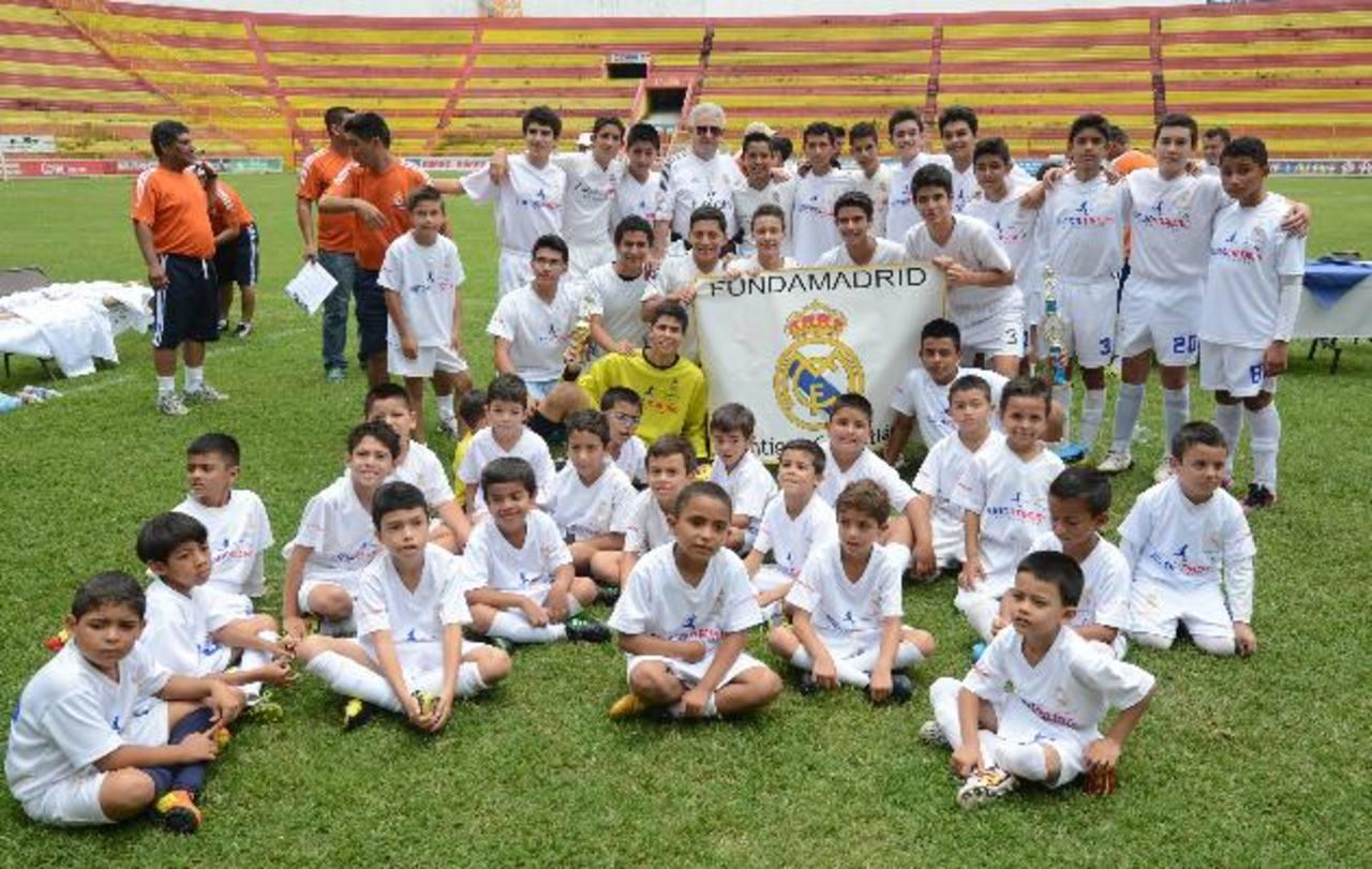 El ejemplo de Fundamadrid El Salvador se verá en un video que realiza Fundación Real Madrid. Foto EDH/ Archivo