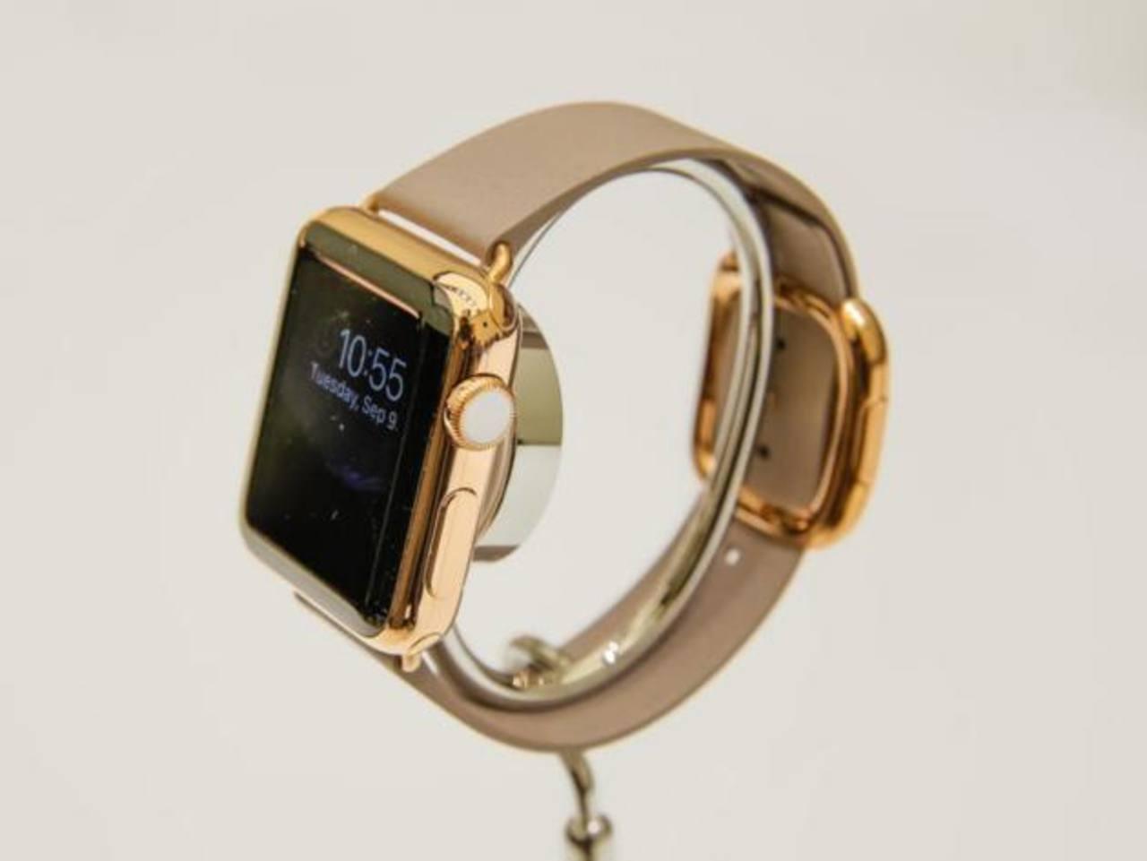 Los precios del Apple Watch oscilan de $349 para el de correa de plástico, hasta $17,000 para el de lujo.