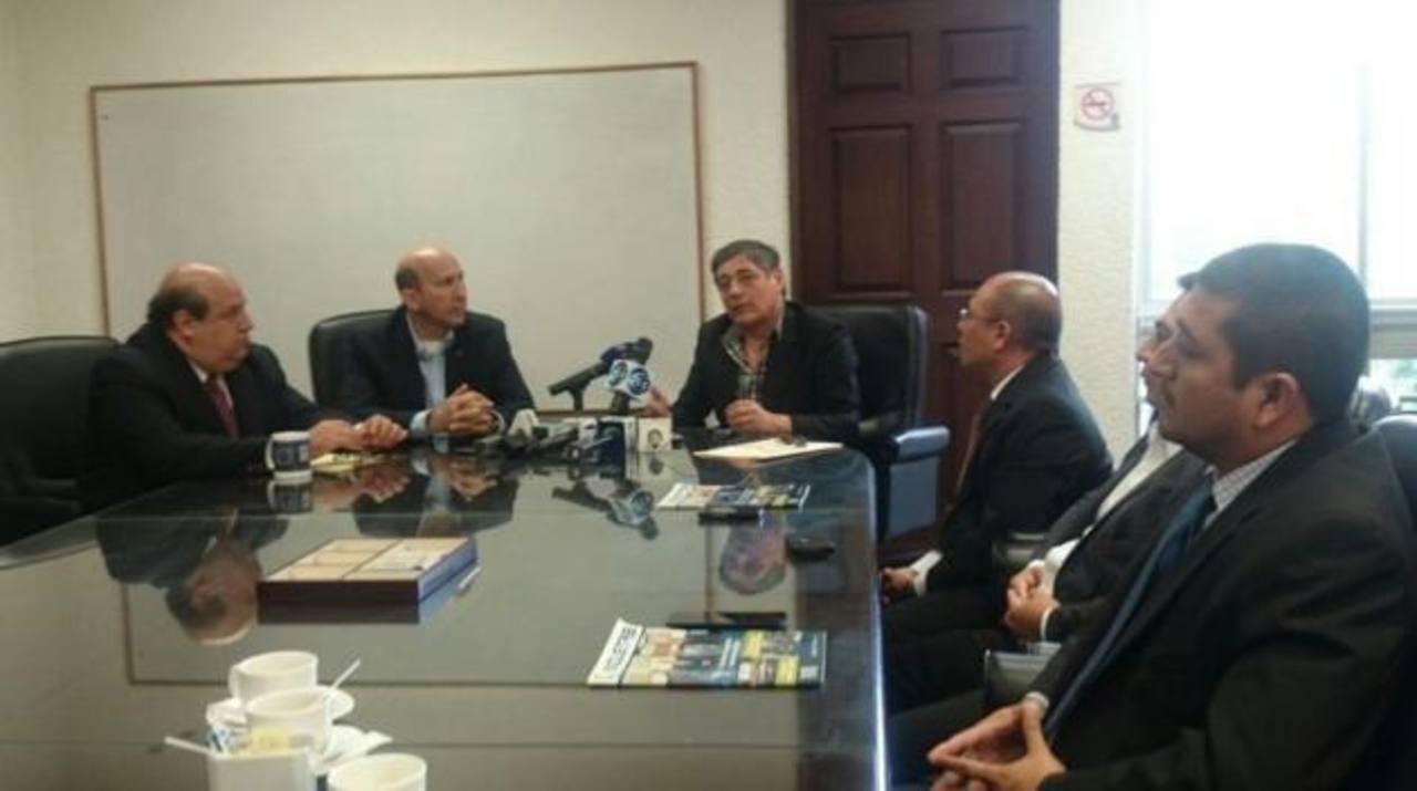 La ASI se reunió por primera vez con representantes de las gremiales de transporte AEAS, ATP y Rutas Unidas.