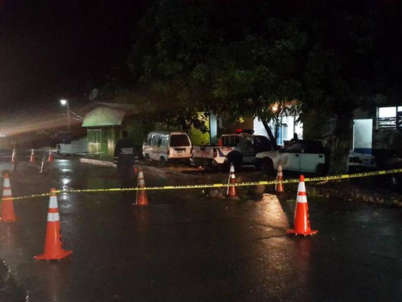 Lanzan explosivo a puesto policial de Olocuilta