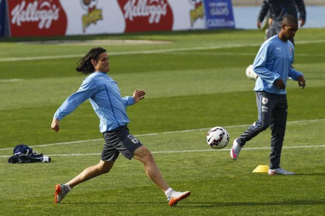 Cavani se entrenó ayer con la selección charrúa. Foto EDH/AP