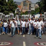 Decenas de miles de venezolanos protestaron el sábado contra el régimen de Nicolás Maduro. foto edh / efe