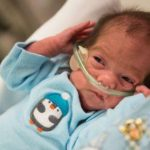 Bebé nacido de mujer con muerte cerebral deja hospital