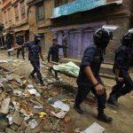 Tras el terremoto que golpeó Nepal el 25 de abril y que costó la vida a 8,786 personas, se han producido numerosos deslizamientos de tierra en este país asiático.