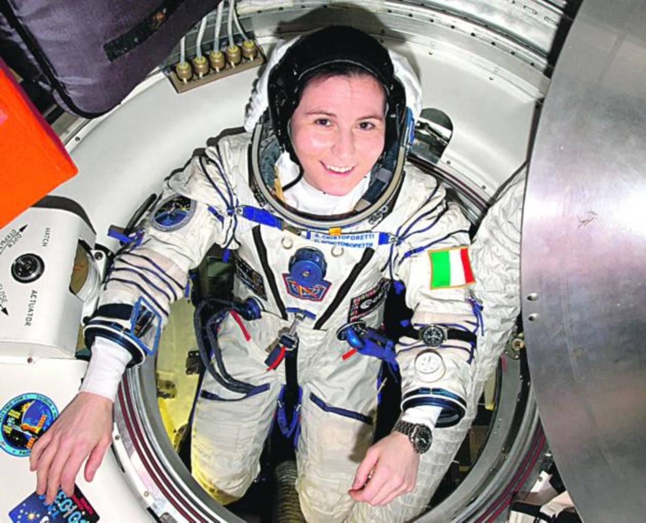 La astronauta tuiteó los pormenores de su día a día en la Estación Espacial. foto edh