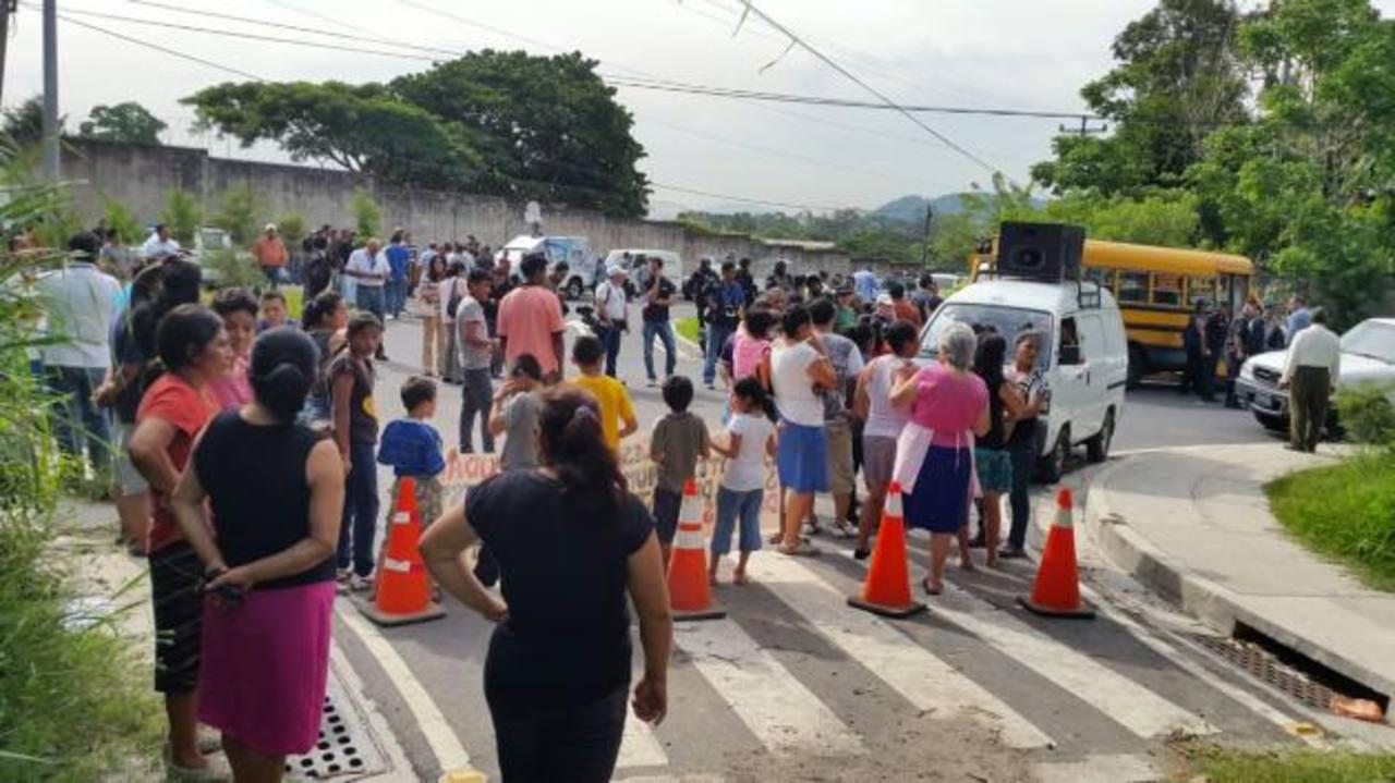 Juez ordena desalojo en comunidad El Espino