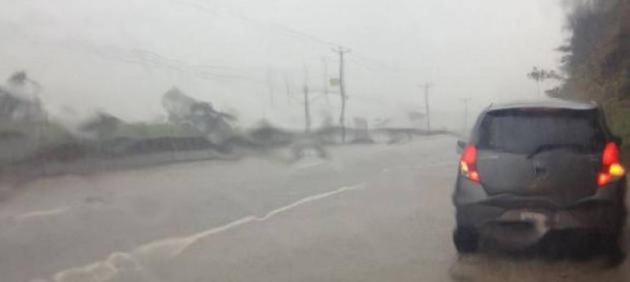 Carretera al Puerto de La Libertad