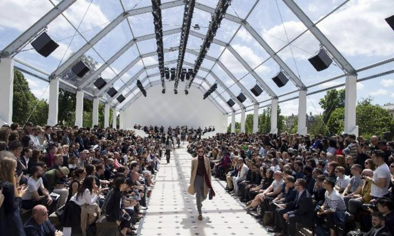 Ayer, durante el desfile de la firma británica Burberry, en la Semana de la Moda Masculina de Londres, Reino Unido.