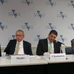 Carlos Muñiz, director honorario de Funides; Juan Sebastián Chamorro, director ejecutivo de la misma entidad, y el director regional de los programas de Latinoamérica y el Caribe del National Democratic Institute (NDI), Jim Swigert, participaron en e