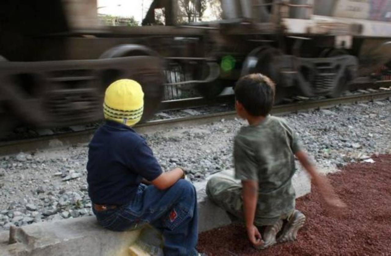 EE.UU. detuvo 4,458 niños salvadoreños en la frontera en los últimos 8 meses