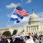 """Obama promete """"seguir luchando"""" por sus acciones ejecutivas sobre inmigración"""