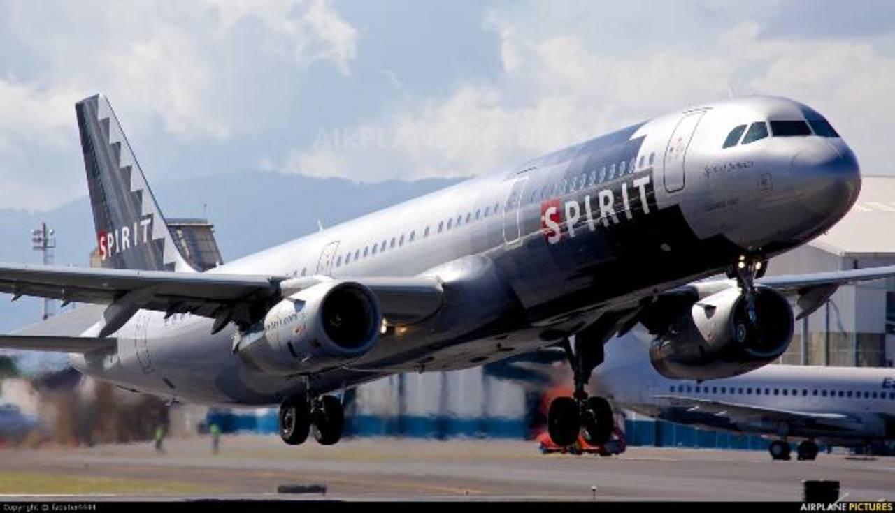 Las aerolíneas buscan más vuelos a Costa Rica por su potencial turístico. Foto EDH
