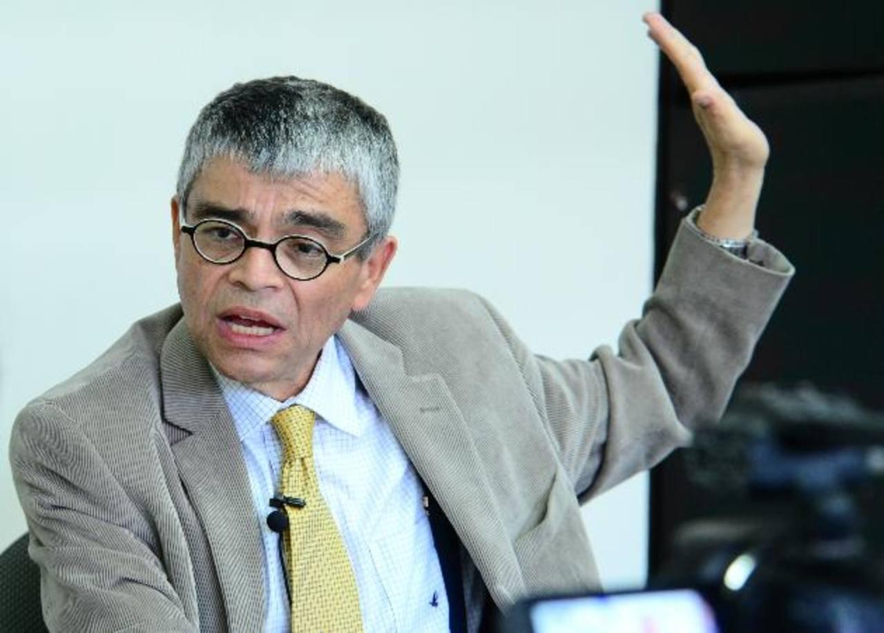 Ramón Rivas, titular de Secultura, dijo estar optimista en las propuestas del gobierno asiático. Foto EDH / Archivo
